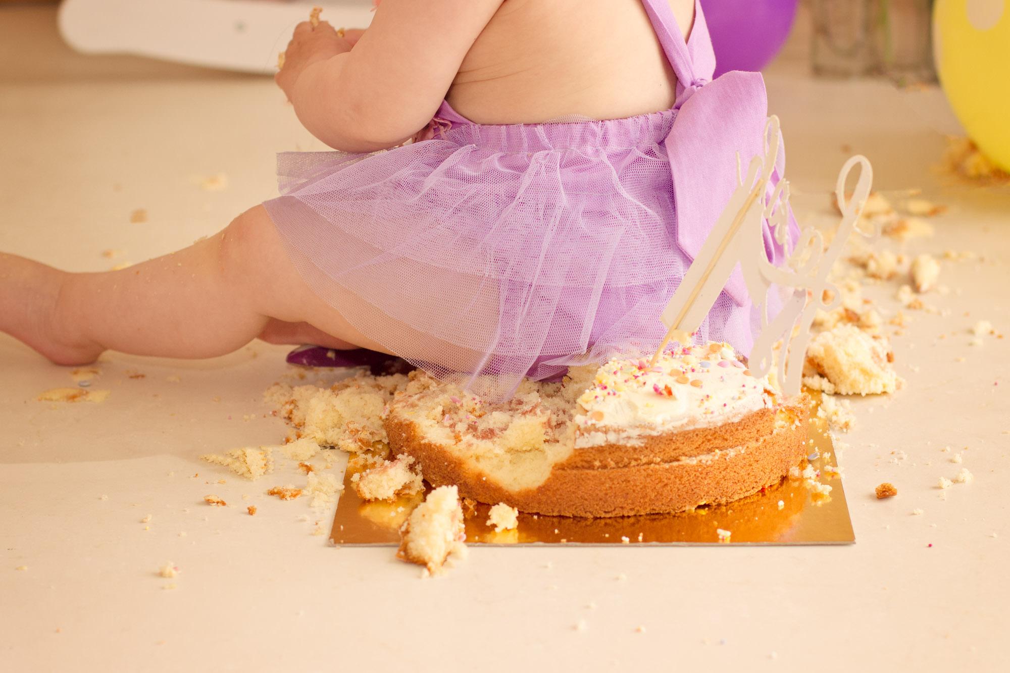 AT HOME CAKE SMASH PROFESSIONAL PHOTOS BELFAST