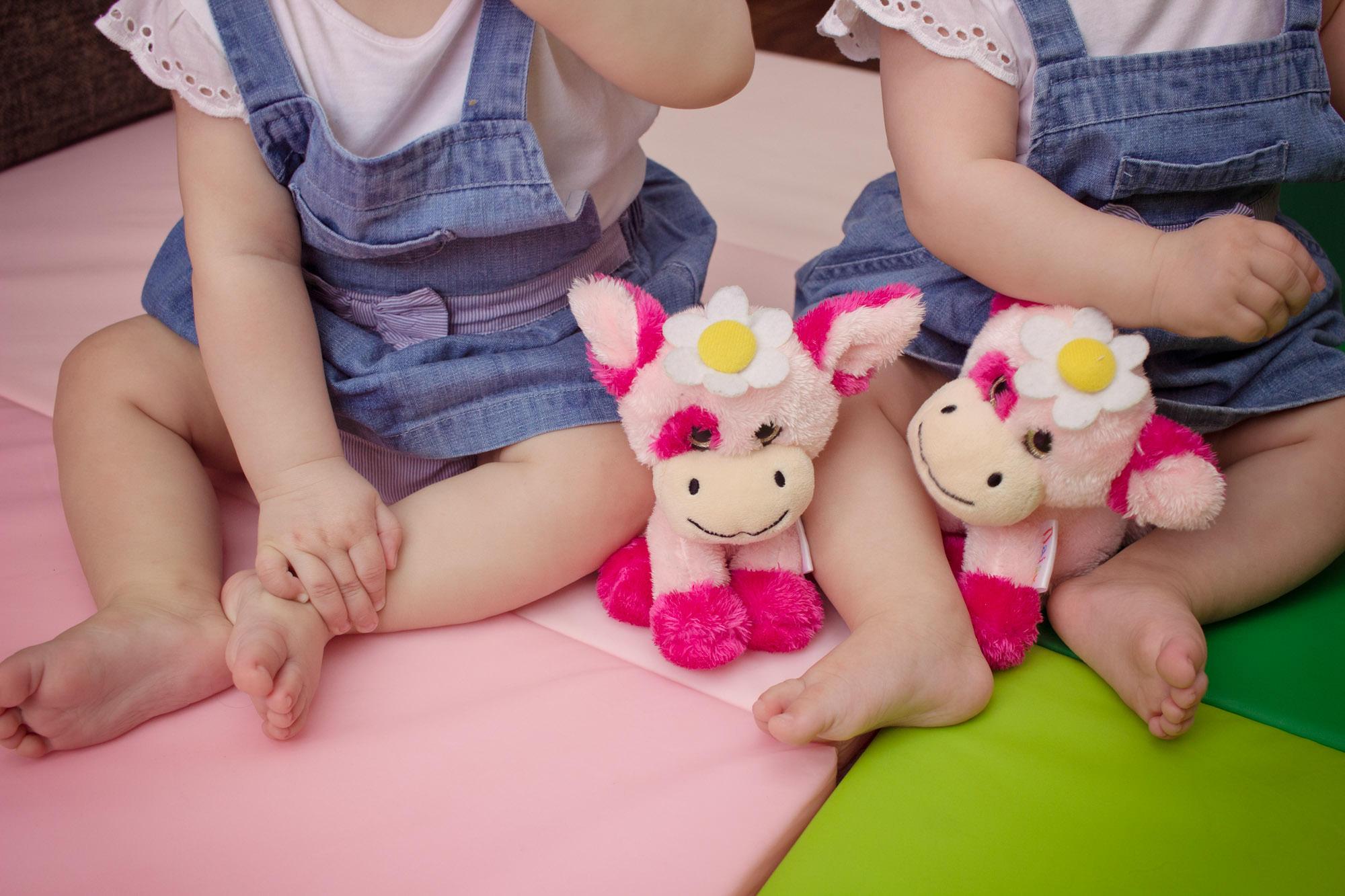 twin girls photo shoot BELFAST